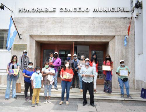 Un emotivo reconocimiento al trabajo de la comunidad Qom